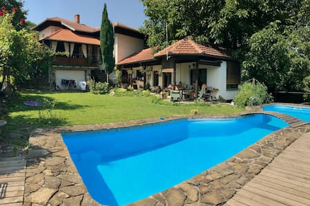 Villa With Mountain View Veranda & Swimming Pool