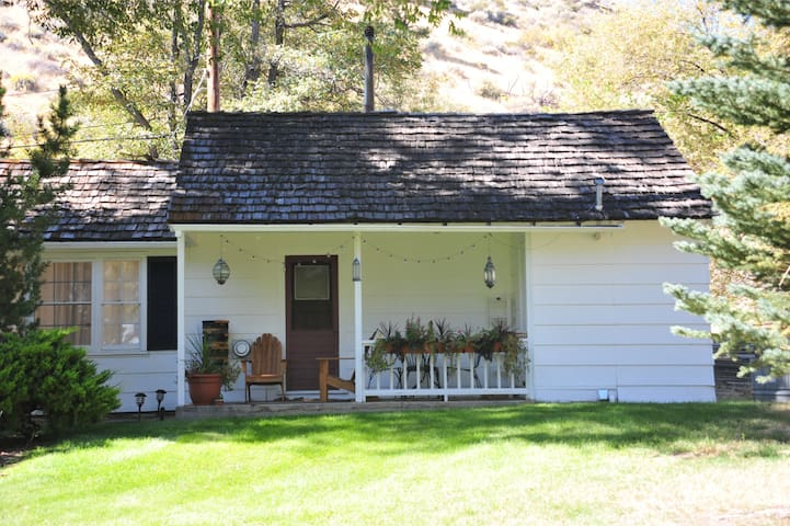 Cottage at Sierra Skye Ranch Genoa