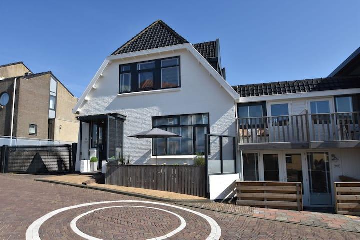 Elegante Apartamento en Bergen aan Zee, cerca de la playa