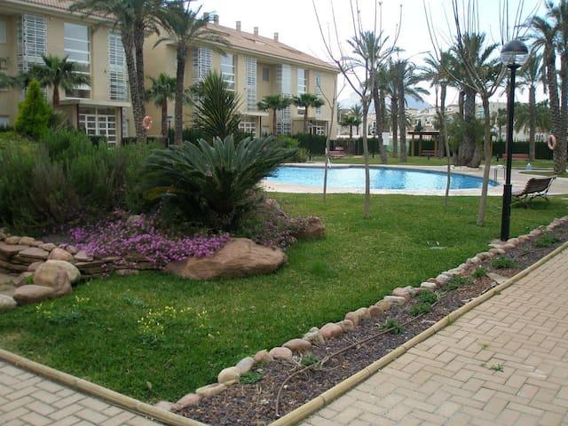 bajo con jardin privado - Platja de l'Arenal - Daire