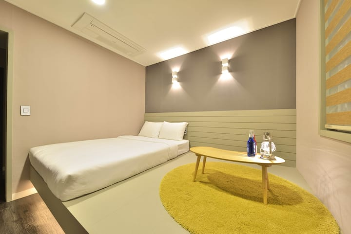 WITHU H&G DOUBLE ROOM  301