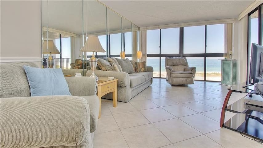 LT704: Overlooks Pristine Gulf Beaches in Ideally Located Community in Sand Key