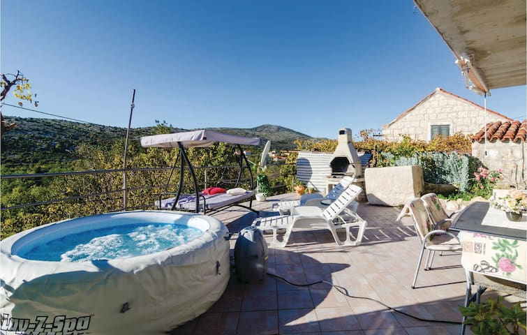Holiday cottage with 1 bedroom on 40 m² in Doli