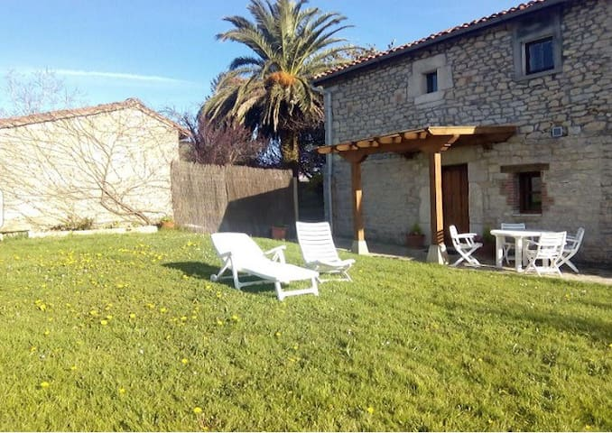 Apartamento independiente con jardin - Suances - Appartement