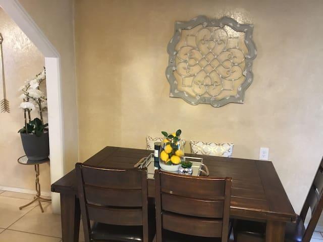 Hidden Private Home near 1-40