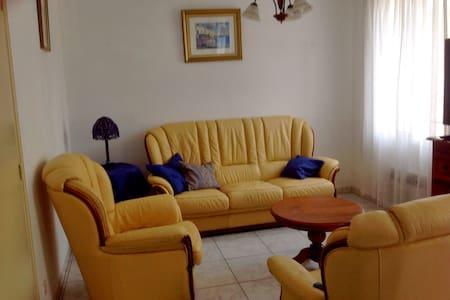 Apartment Roussillon near the beach