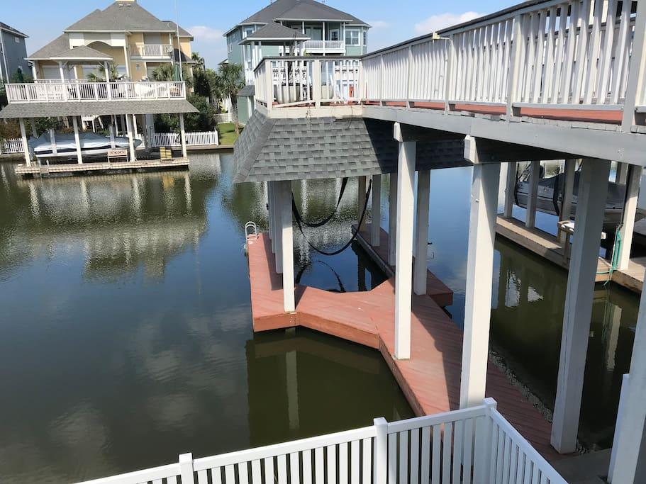 Personal boat dock