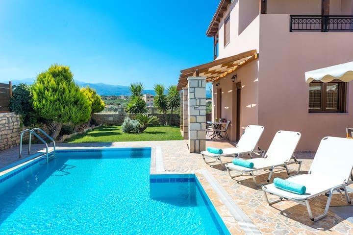 San Antonio Villa with private pool