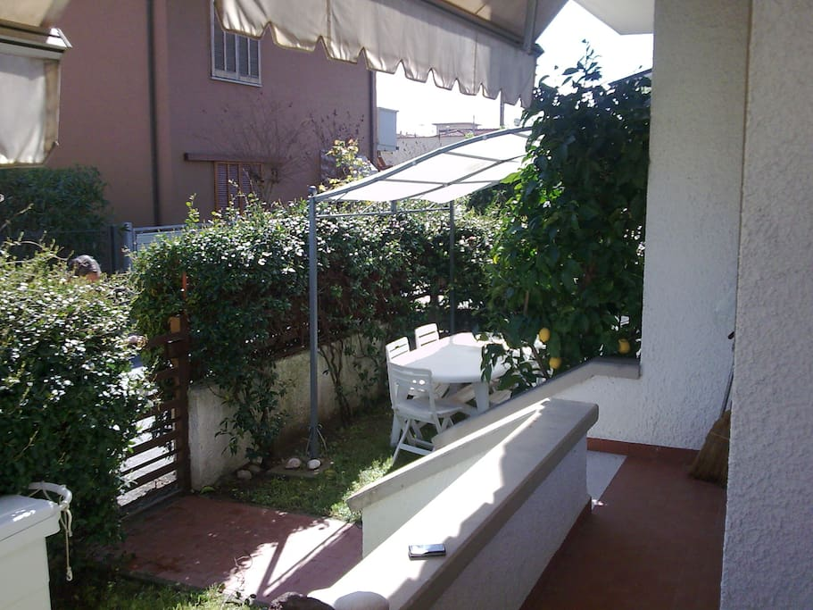 il gazebo in giardino