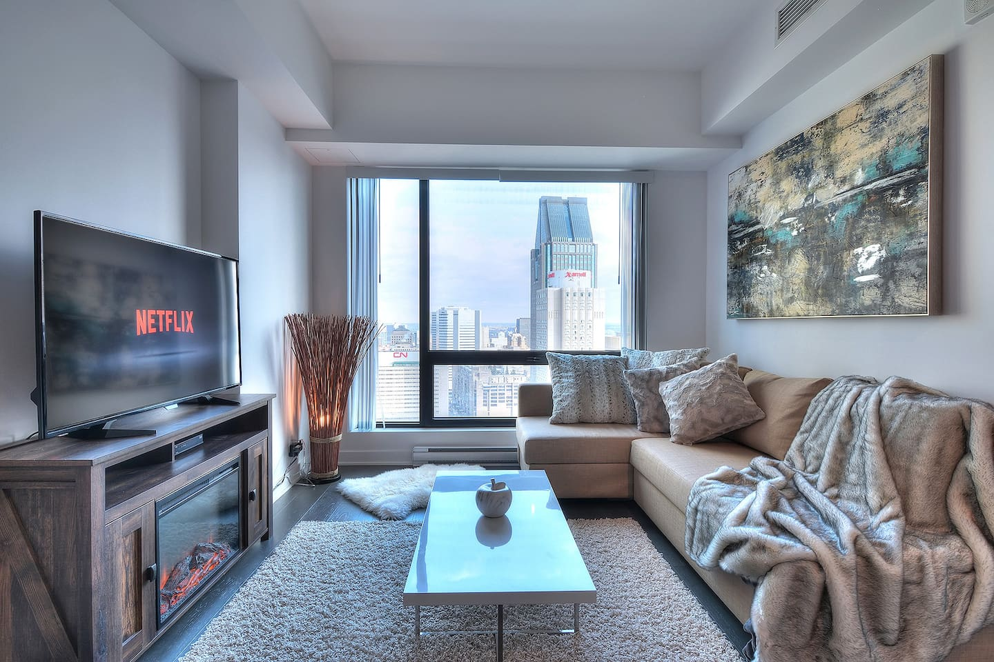 High End Condo Best Location Downtown - Apartments for Rent in ...