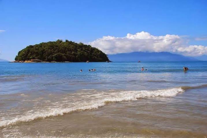 Casa simples e sossegada Praia da Cocanha