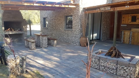 Kalahari Camelthorn Entire Guesthouse SelfCatering
