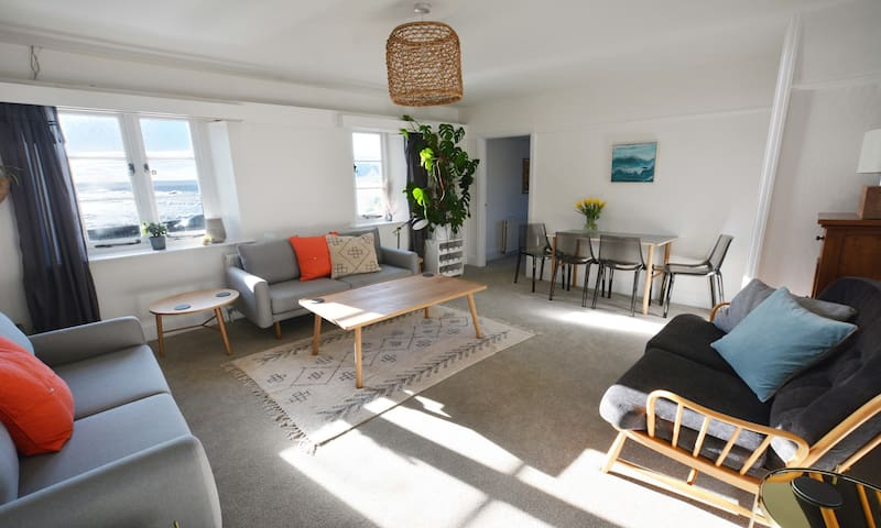 The View | Self Catering Apartment Croyde - CH2060