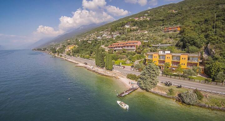 Residence Castelli in the heart of Garda Lake
