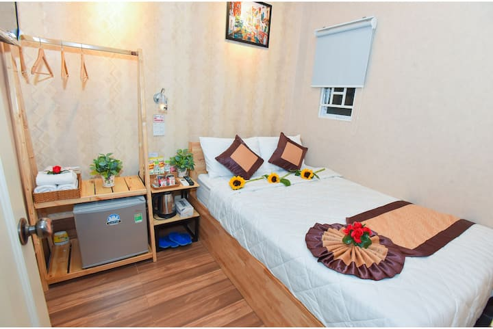 Cozy double room, the central of Ninh Kieu Quay.
