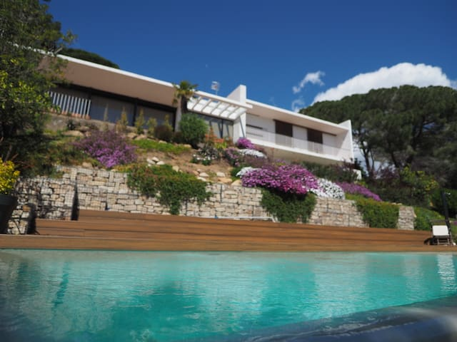Exclusive villa with infinity pool - Blanes - Talo