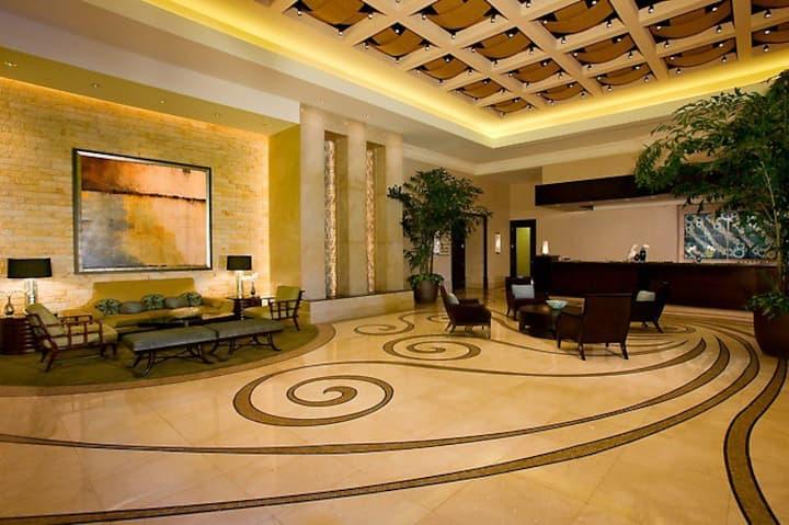 MGMSignature BalconyPenthouse Strip$88 NoResortFee