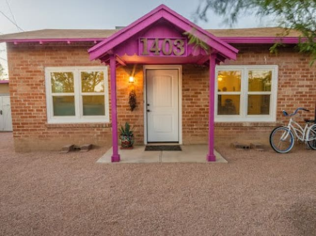 Cute!  Newly remodeled Casita in historic UA Farms