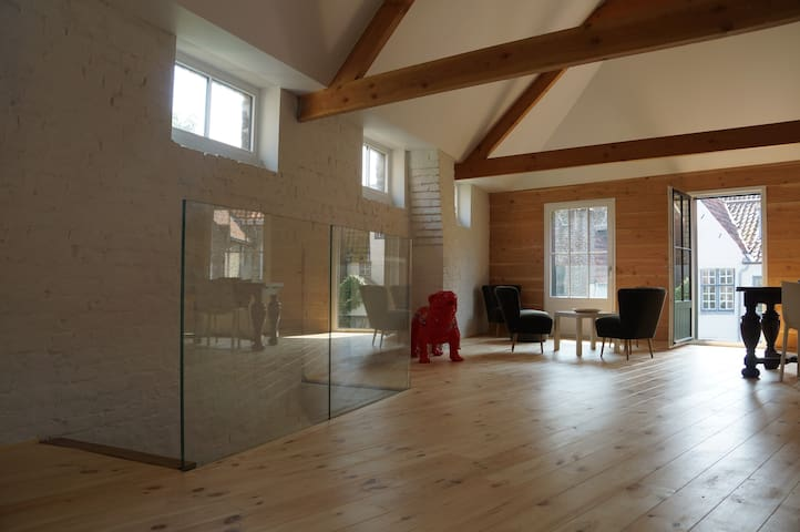 luxurious loft in historic heart of Bruges - Brügge - Loft