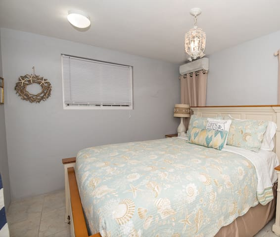 This guest bedroom is off the games room and enjoys its own ensuite bathroom.
