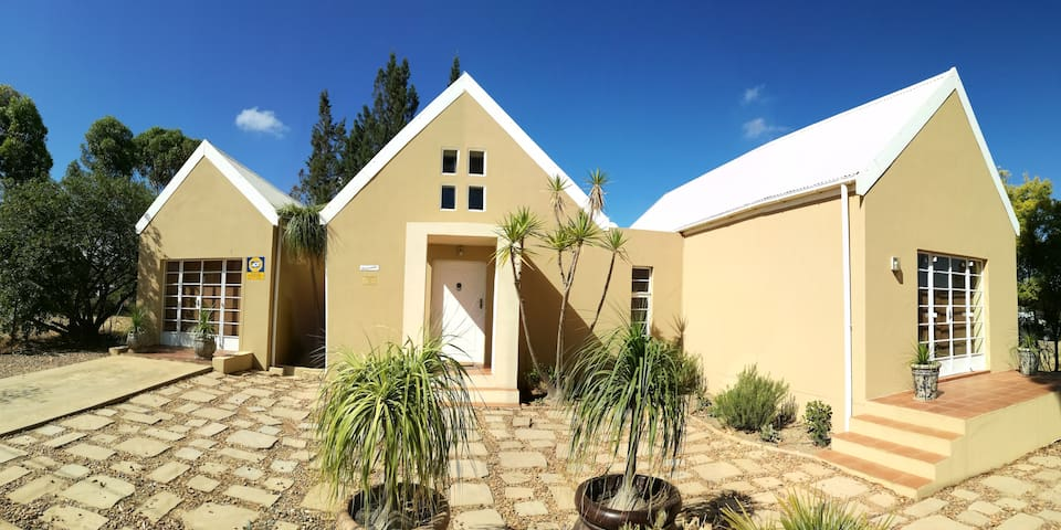 "Self Catering House "" Dreamcatcher"" - Tulbagh - House"