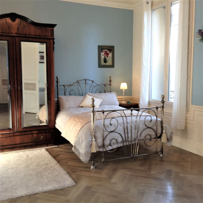 Double Bed in Chambre Jourdet