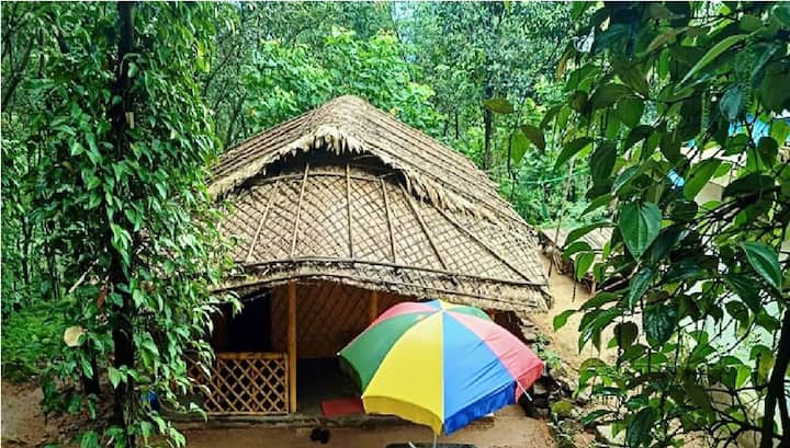 2 Bedroom Bamboo Hut in the middle of Forest