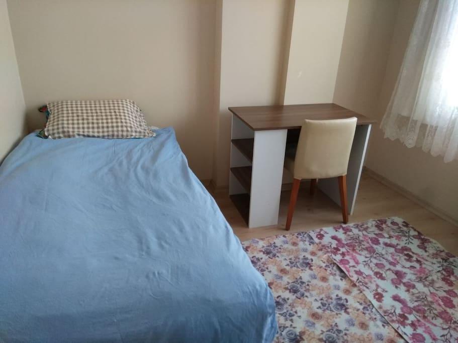 Misafir Yatak Odası
