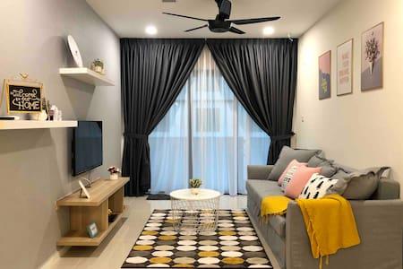 3 MIN CIQ❤️Cozy SuasanaSuite Johor Bahru [CS JBCC]
