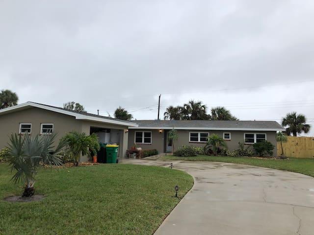 Scott's Beachside Home