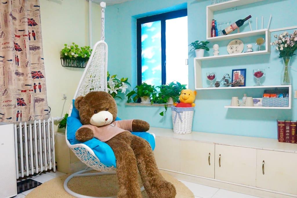 大熊的吊椅你可以尽情拥有
