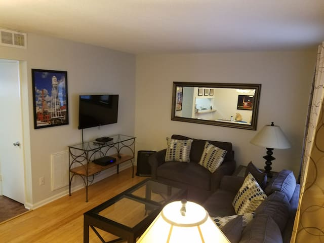 Awesome 1BR Condo - Downtown Durham