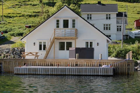 Exclusive Sea cabin utside of Tromsø