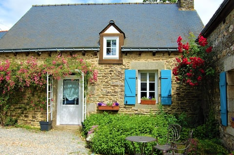 Coet Moru Gites, Rose Cottage