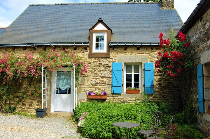 Coet Moru Gites, Rose Cottage