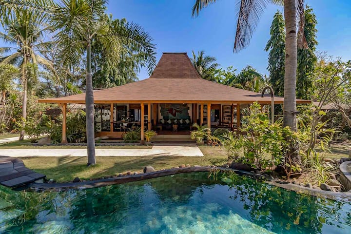 Beautiful 3-BR Kuno Boutique Villa + Private Pool