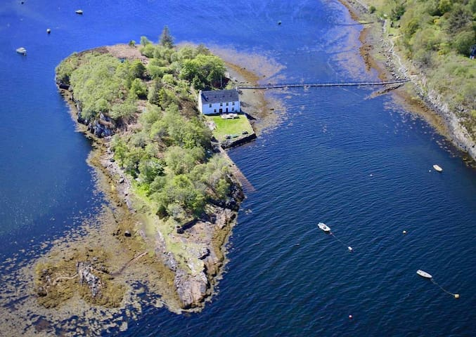 Nature Observatory on Secluded Island