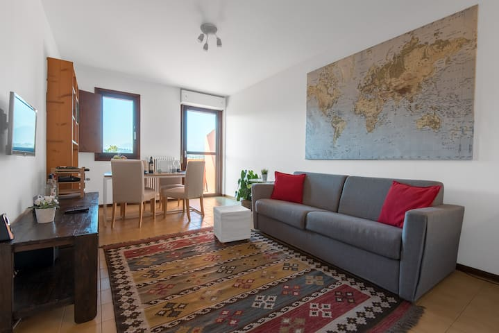 Large and sunny living room