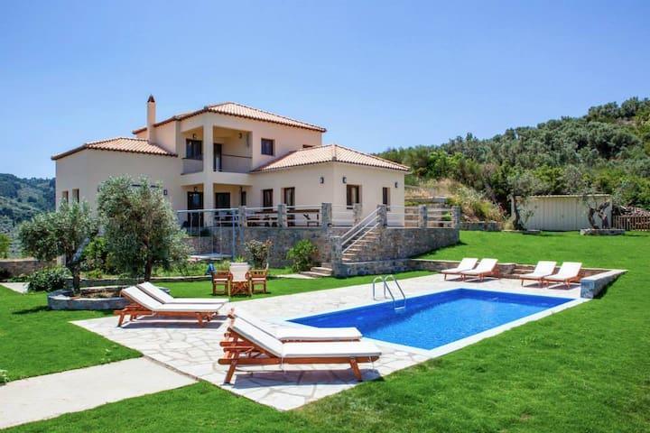 Villa Anatoli-Panoramic view and private pool