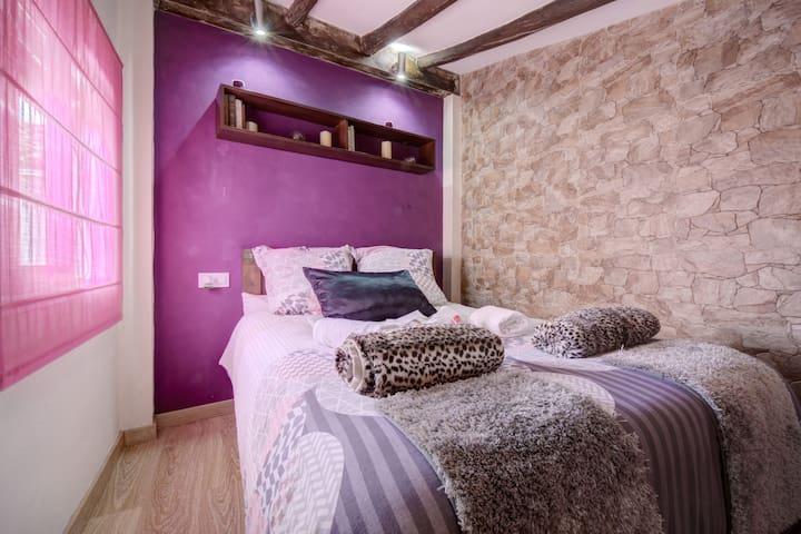 Loft jacuzzi lila casa ermita San Antonio