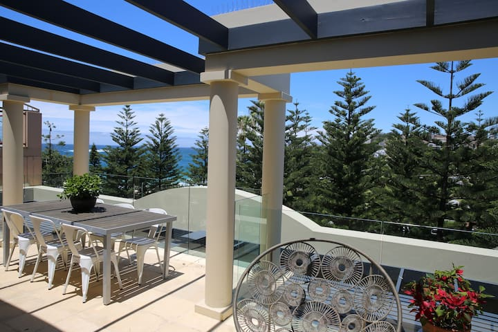 Stunning Coogee Penthouse