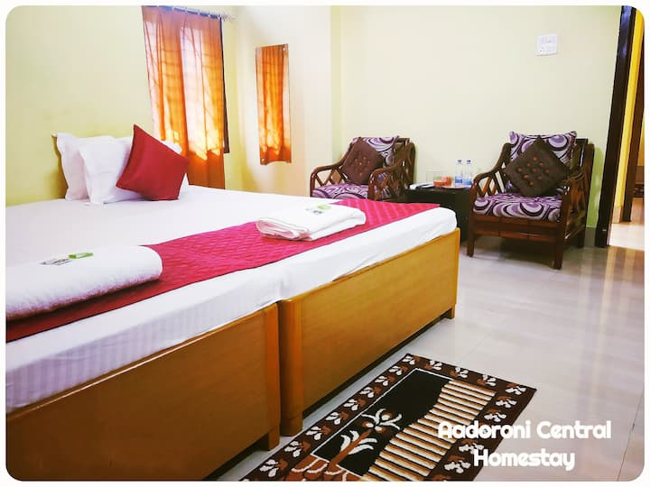 2 Premium AC rooms @ prime location max 6 guests
