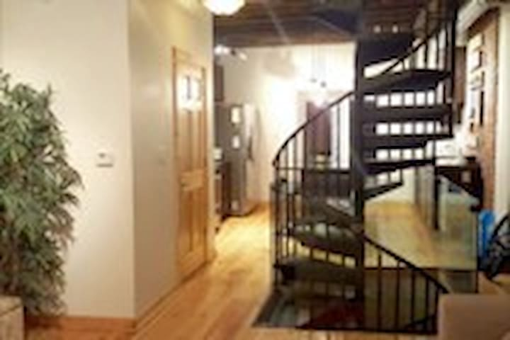 One bedroom in a beautiful townhouse near downtown