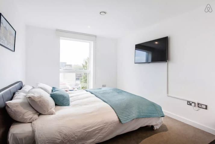 Modern, Central, Kingsize Room