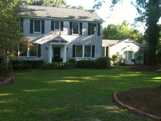 Hill home 1 mi frm Augusta National