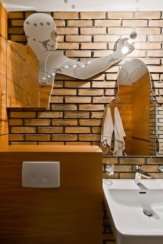 Beautiful mirrors in the bathroom
