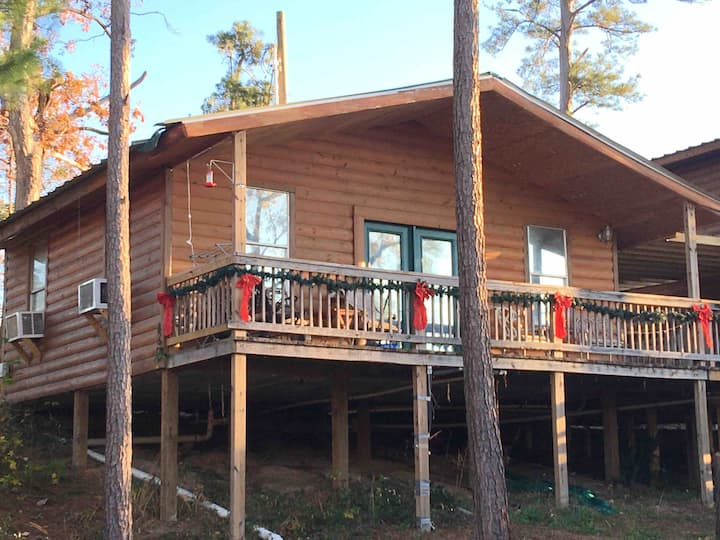Cabin 3, Stairs to Waterfront, Lake Livingston, TX