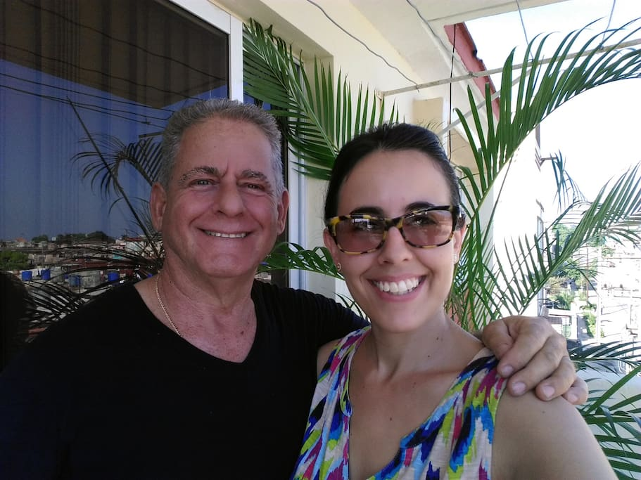 My dad and me at the balcony! / Mi padre y yo en el balcón!