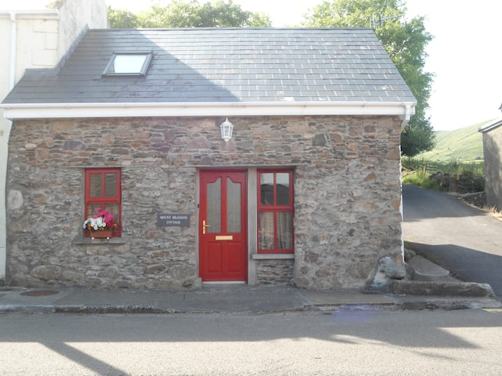 Cute Cloghane Cottage