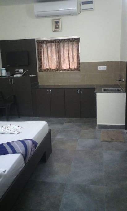 Deluxe Twin Bed Room with kitchenette